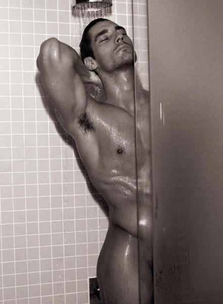 david-gandy-hot-picture-book-mariano-vivanco-dolce-and-gabbana-calendar-shower
